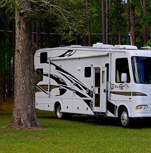 Do you Have the Class to Drive an RV or Motorhome?